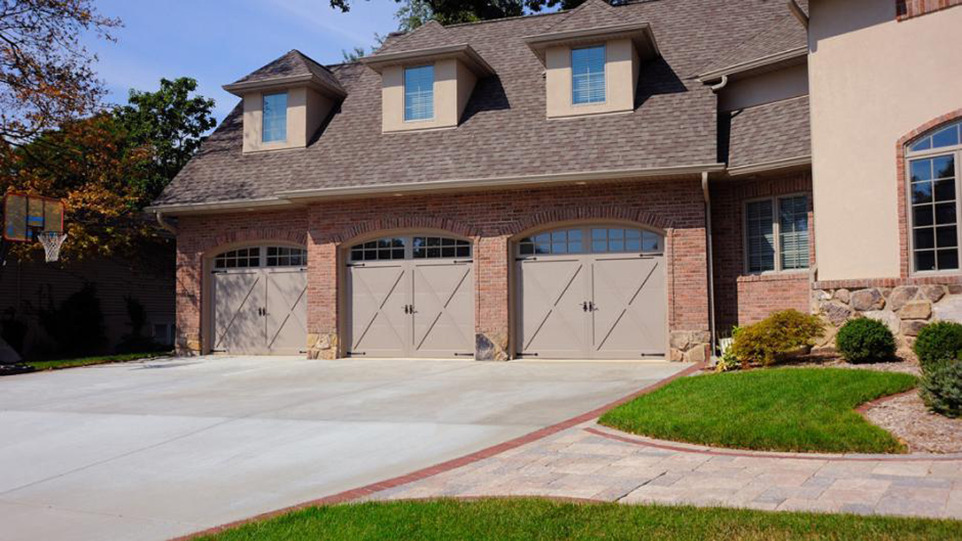 Clegg Bros. - Residential Garage Doors - Hudson Valley